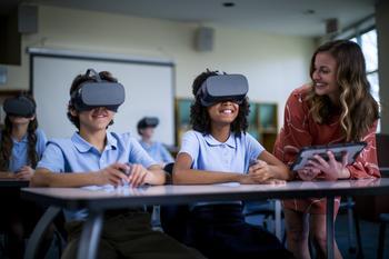 Lenovo Enhances Portfolio of Education Solutions to Meet Evolving Demands of Hybrid Learning: https://mms.businesswire.com/media/20200804005344/en/810095/5/Lenovo%2BVR%2BHeadset-027.jpg