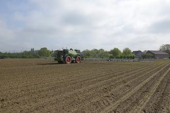 AGCO Enters into Targeted Spraying Technology Collaboration Agreement With Bosch, xarvio Digital Farming Solutions Powered by BASF and Raven Industries Inc.: https://mms.businesswire.com/media/20210528005225/en/881672/5/AGCO_targeted_spraying_proof_of_concept_on_Fendt_Rogator_pic.jpg