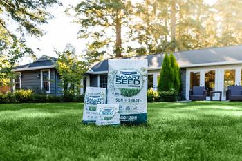 Pennington Relaunches Smart Seed Lawn Products Featuring Patent Pending, Industry-Leading Technology: https://mms.businesswire.com/media/20210310005035/en/863881/5/4929487_Smart_Seed_Photo_3.jpg