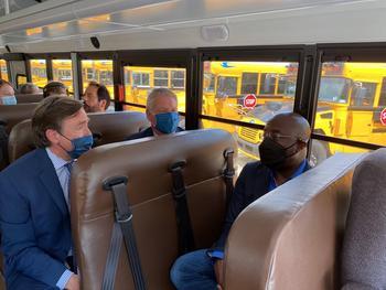 U.S. Senator Raphael Warnock Tours Blue Bird School Bus Plant, Experiences Electric School Bus: https://mms.businesswire.com/media/20210506005259/en/876528/5/Warnock.jpg