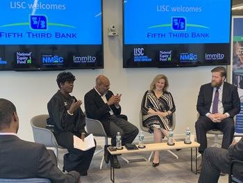 Fifth Third Bank Announces $100 Million Investment in Opportunity Zones: https://mms.businesswire.com/media/20200124005309/en/769430/5/NYC_OZ_Announcement_Photo.jpg