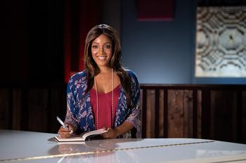 """""""55th Academy of Country Music Awards™"""" Teams Up With Wells Fargo and Country Star Mickey Guyton to Help People Facing Hunger in Light of COVID-19: https://mms.businesswire.com/media/20200910005293/en/819928/5/MickeyGuyton_0424.jpg"""