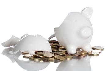 No Matter How Prepared You Are, This 1 Mistake Could Ruin Your Whole Retirement: https://g.foolcdn.com/editorial/images/532257/broken-piggy-bank-white.jpg