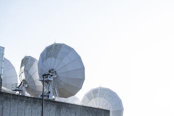 SES Renews Long-Term Relationship with Comcast Technology Solutions : https://mms.businesswire.com/media/20210614005865/en/885282/5/Press_Release_SES_Comcast.jpg