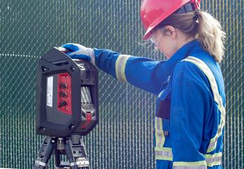 Blackline Safety G7 EXO Area Gas Monitor Now Shipping in North America: https://mms.businesswire.com/media/20210120005200/en/853282/5/Blackline_Safety_G7_EXO_with_worker.jpg