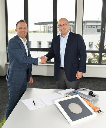 ZF and Cree Advance the Electric Drive: https://mms.businesswire.com/media/20191105005215/en/754317/5/ZF_Cree_partnership_2019-11-05_portrait.jpg